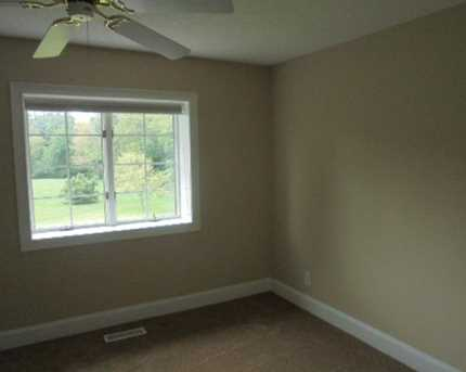 1340 Meadow Woods Court - Photo 23