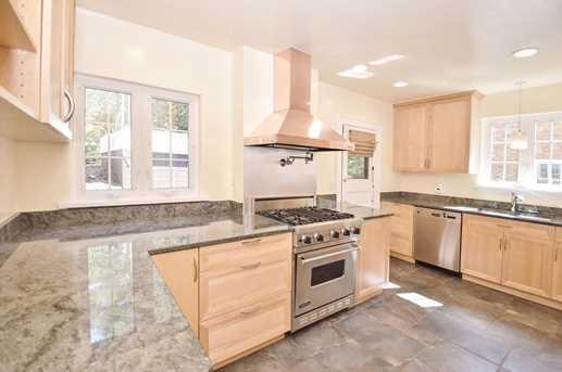3454 Linwood Avenue - Photo 10
