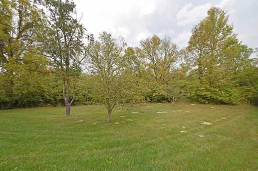 6379 Hedgerow Drive - Photo 25