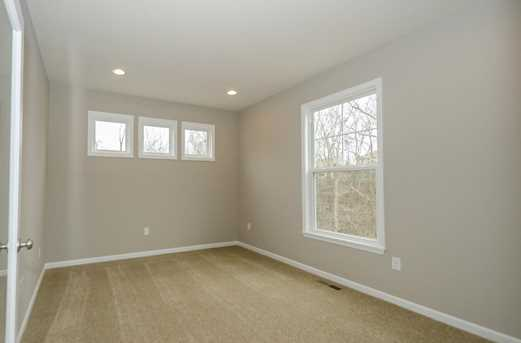 1326 Autumnview Drive - Photo 11