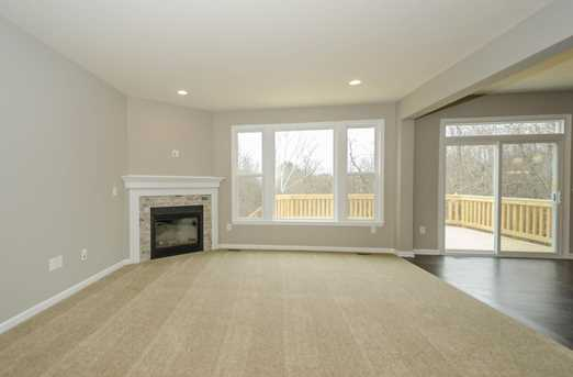 1326 Autumnview Drive - Photo 7