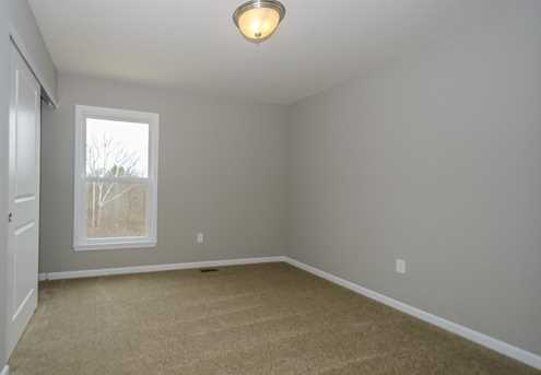 1326 Autumnview Drive - Photo 21