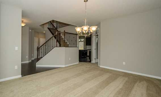 1326 Autumnview Drive - Photo 9