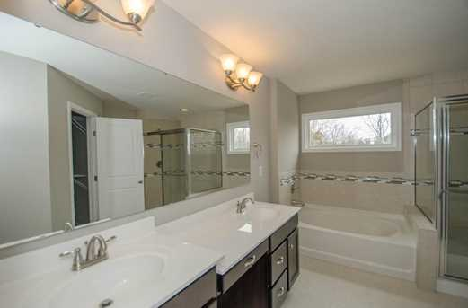 1326 Autumnview Drive - Photo 17