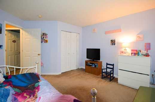 343 Trenton Place - Photo 14