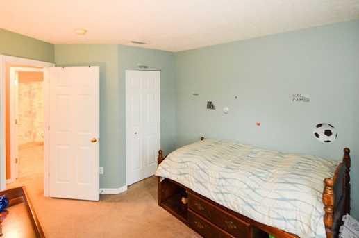 343 Trenton Place - Photo 15