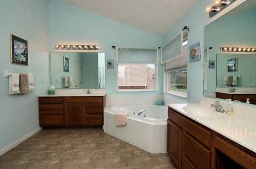 7275 Airy View Drive - Photo 17
