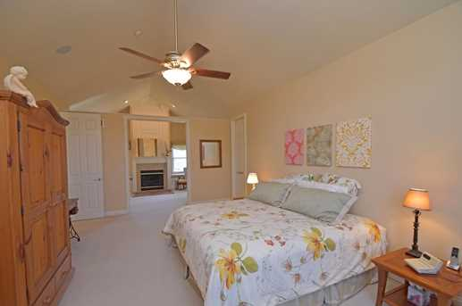 1069 Oasis Pointe Drive - Photo 5