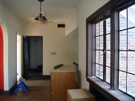 663 East Avenue - Photo 19