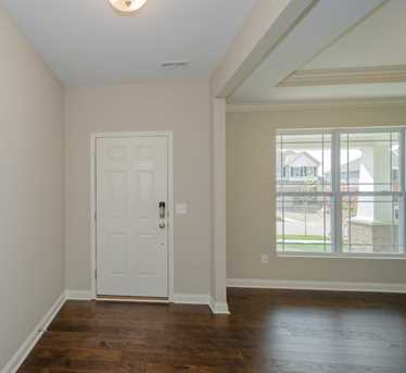 5044 Greenshire Dr #102 - Photo 3
