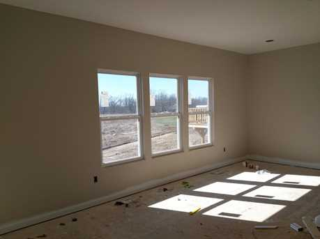 8908 Bluejay View Drive - Photo 3