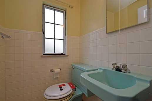 5596 Surrey Avenue - Photo 13