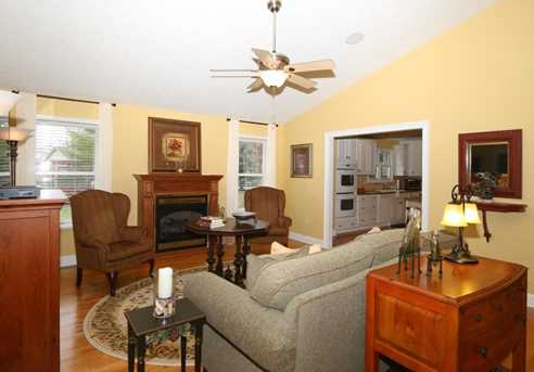 4904 Oaks Court - Photo 5
