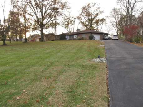 2833 South Road - Photo 3