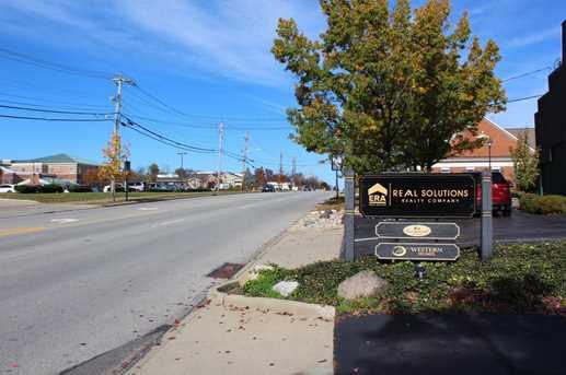 9560 Montgomery Road - Photo 3