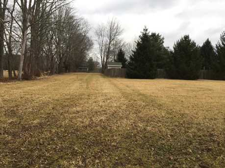1802 Chapel Woods Drive - Photo 3