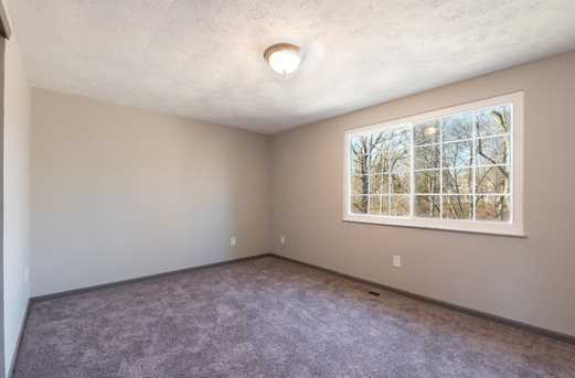 2274 Chesterfield Ln - Photo 9