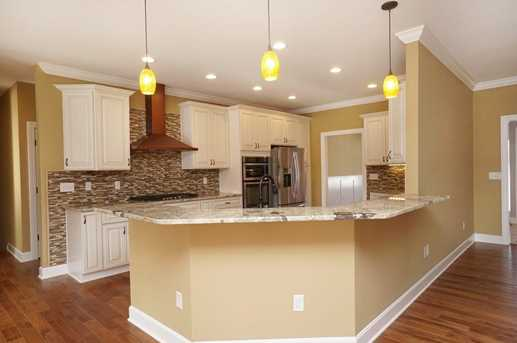 7450 Old Woods Court - Photo 9