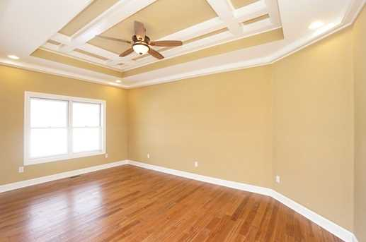 7450 Old Woods Court - Photo 5