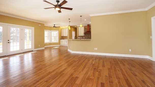 7450 Old Woods Court - Photo 7
