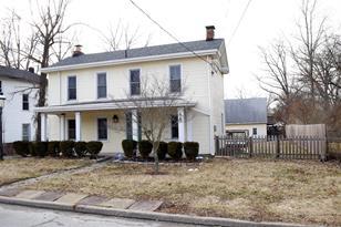 1475 Sutton Avenue - Photo 1