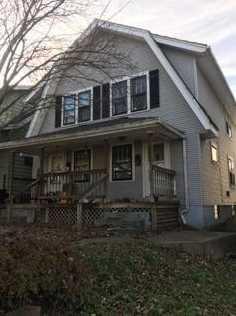 825 Carlisle Ave - Photo 1