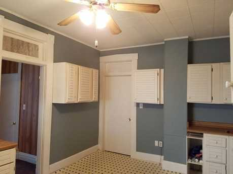 609 E Somers Street - Photo 9