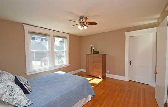 3137 Linwood Avenue - Photo 15