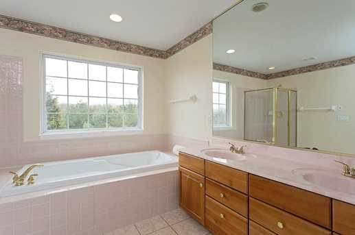7522 Twin Lakes Dr - Photo 15