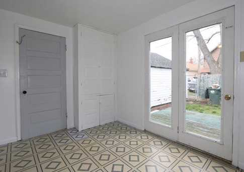 2413 Grand Ave - Photo 11
