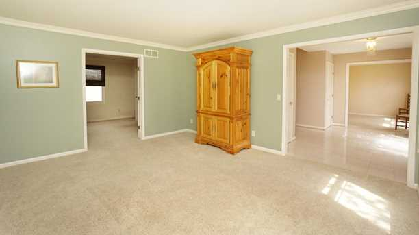 8996 Terwilligers View Ct - Photo 3