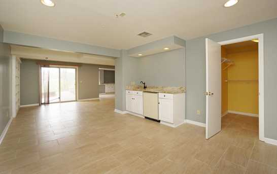 8996 Terwilligers View Ct - Photo 17