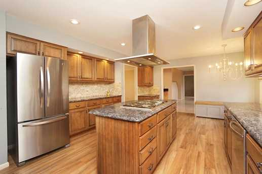 8996 Terwilligers View Ct - Photo 11