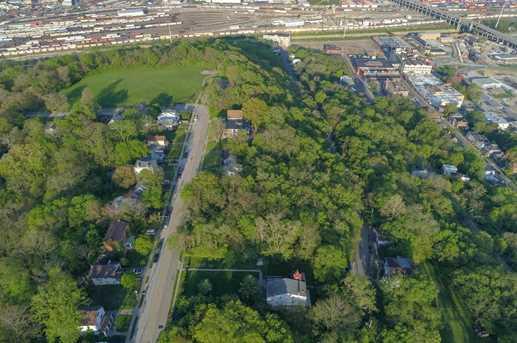 1717 Fairmount Ave - Photo 11