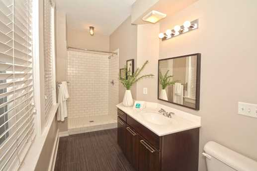 1415 Vine St #202 - Photo 19