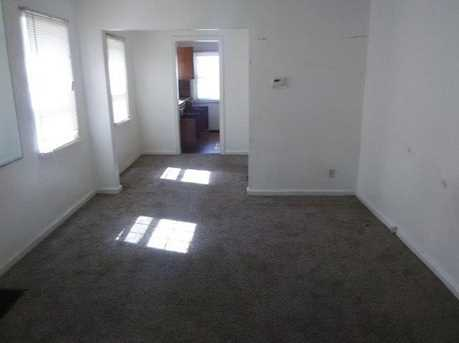 1546 Tampa Ave - Photo 3