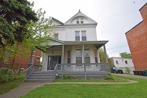 1628 Hewitt Ave - Photo 1