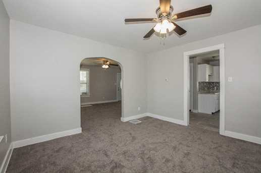 323 Bellaire Ave - Photo 3