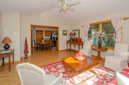 11364 Donwiddle Dr - Photo 9