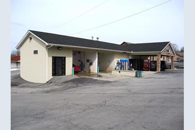 950 W Main Street - Photo 1