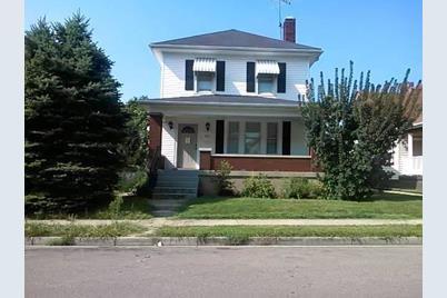 815 Ross Avenue - Photo 1
