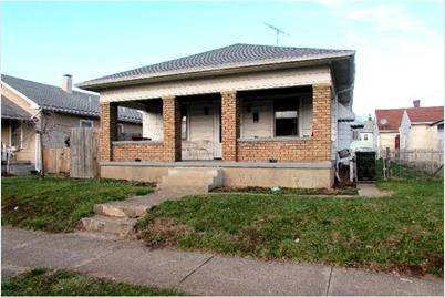 1344 Campbell Avenue - Photo 1