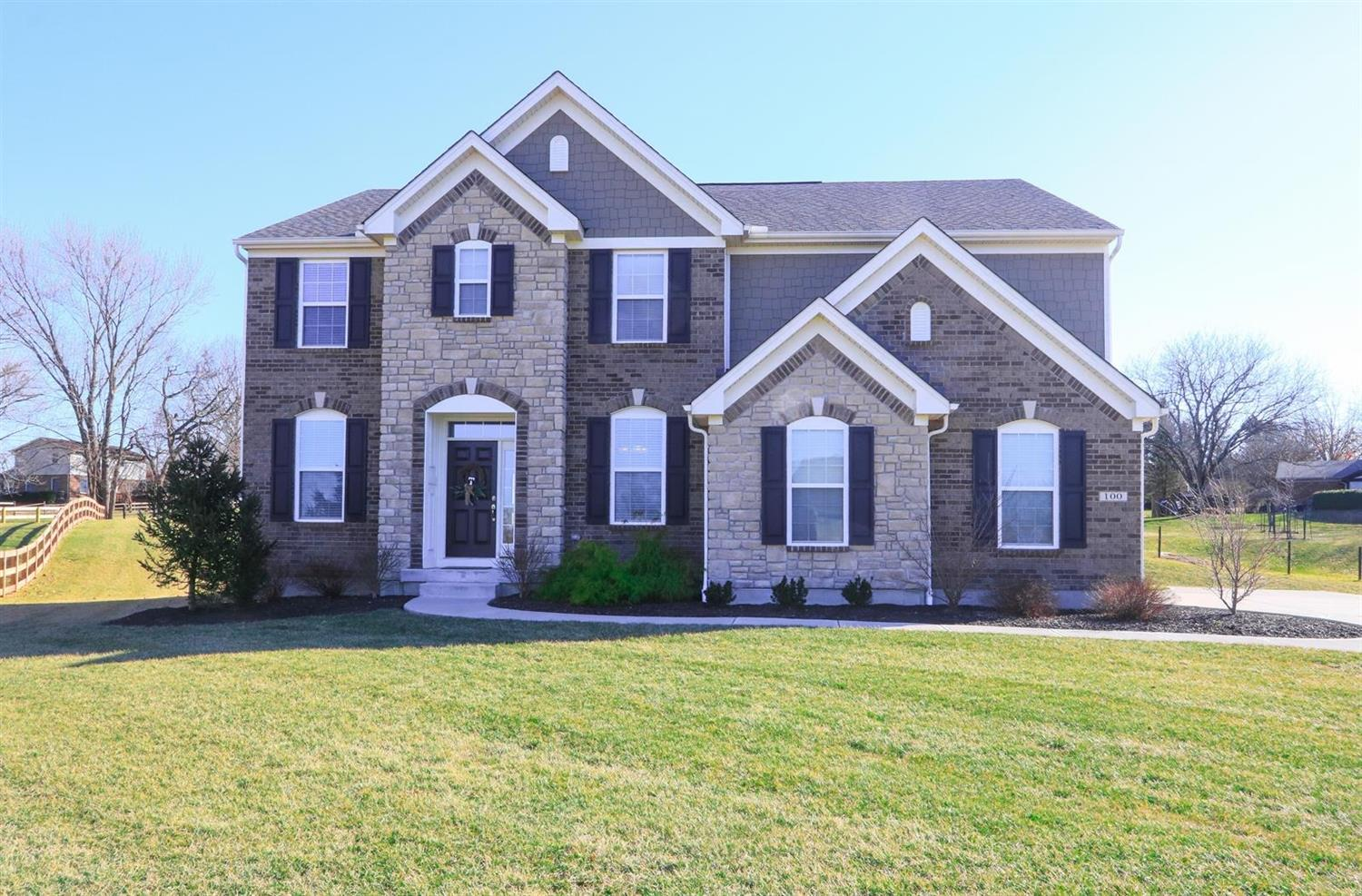 100 jacobs ct loveland oh 45140 mls 1611637 coldwell banker rh coldwellbankerhomes com