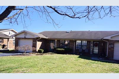 Stupendous 4228 Mallard Ct Middletown Oh 45044 Mls 1615578 Home Interior And Landscaping Spoatsignezvosmurscom