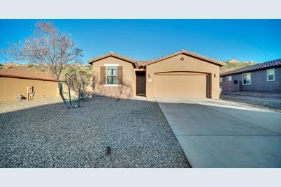 39049 S Running Roses Ln Tucson Az 85739 Mls 22003658