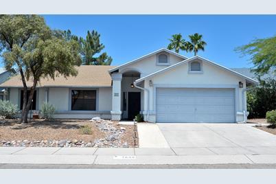 2830 W Redmond Dr Tucson Az 85742 Mls 22014520 Coldwell Banker