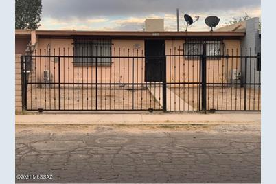 2326 E Hidalgo Vista - Photo 1