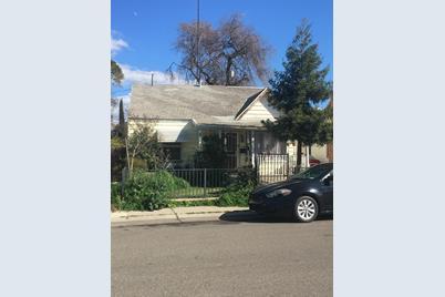1820 N Berkeley Avenue - Photo 1