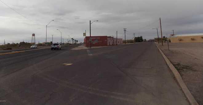 200 E Frontier Street - Photo 3