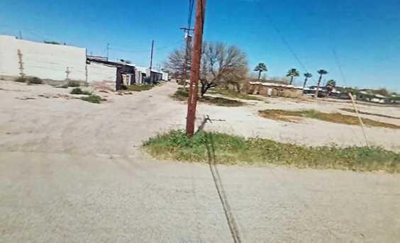 106 E 4Th Street - Photo 1